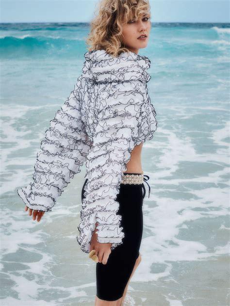 Karlie Kloss Glamazon Style For Vogue Australia