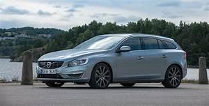 Volvo V60 2018 : volvo v60 specs photos 2014 2015 2016 2017 2018 autoevolution ~ Medecine-chirurgie-esthetiques.com Avis de Voitures