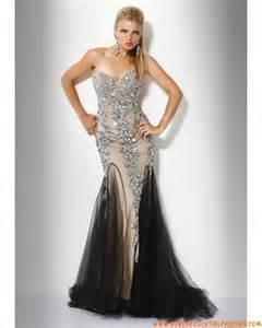 robe de mariã e luxe robe de soirée de luxe avec crystaux tulle