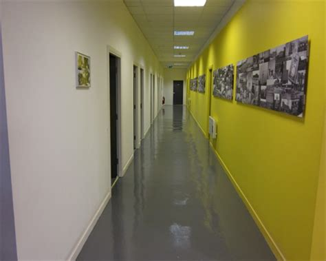 Poured Rubber Flooring Uk by Seamless Poured Resin Flooring Seamless Poured Rubber