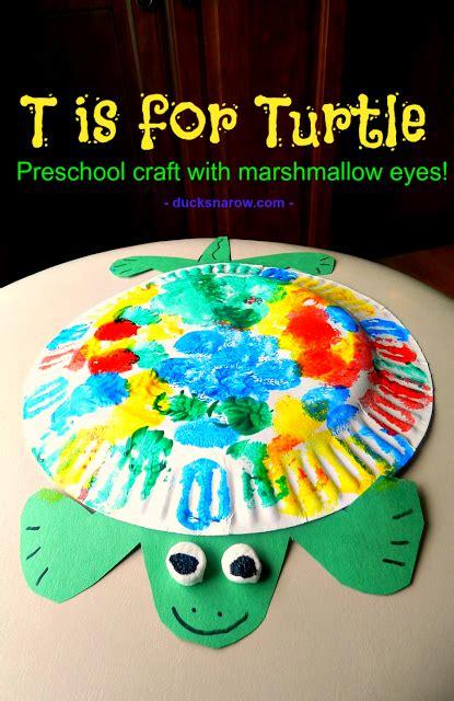 t is for turtle preschool craft ducks n a row 789 | TisforTurtlePreschoolCraftbigger