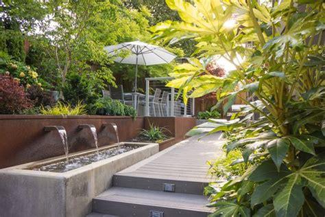 Landscape Design For Small Backyard - small garden pictures gallery garden design