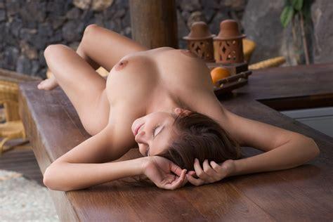 Naked On Table Sex Nude Celeb