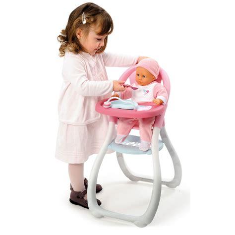 chaise haute pour poupée chaise haute baby pour poupées smoby accessoire de poupée sur planet eveil