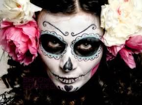 Simple Sugar Skull Halloween Makeup
