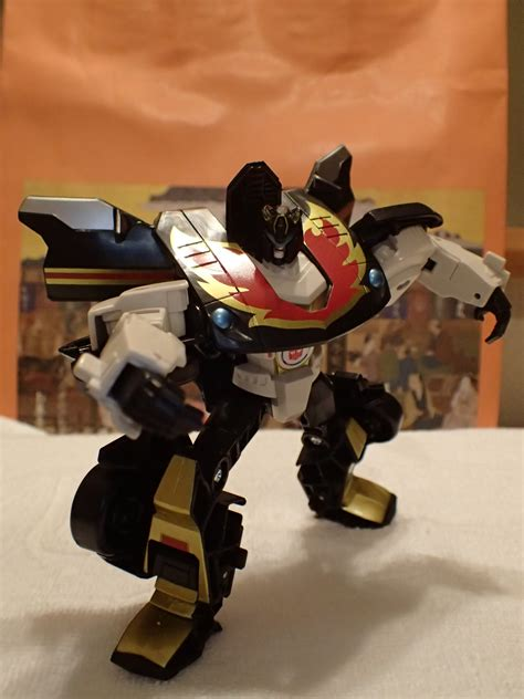 transformers adventure stepper  hand transformers news