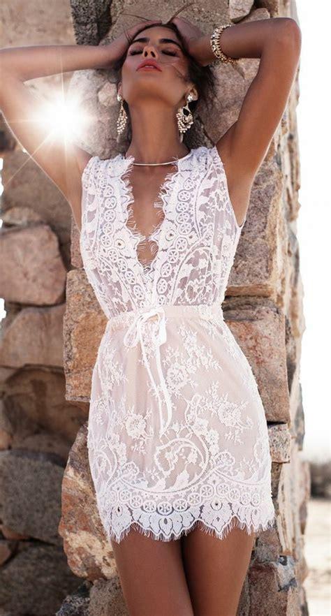 la robe en dentelle  variants qui vont vous charmer