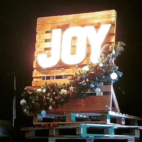 christmas stage decorations best 25 stage design ideas on stage decorations garden lighting ideas