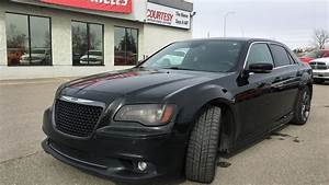 Chrysler 300 Srt8 : 2012 chrysler 300 srt8 gloss black courtesy chrysler youtube ~ Medecine-chirurgie-esthetiques.com Avis de Voitures