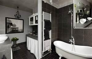 idee deco pour salle de bain une salle de bains With idee deco salle de bain moderne