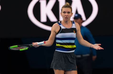 Australian Open 2019: Serena Williams through to the quarter finals after beating Simona Halep