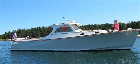 Hinckley Boats History by Hinckley Picnic Boat 37 Composite Jet Boat Barcos