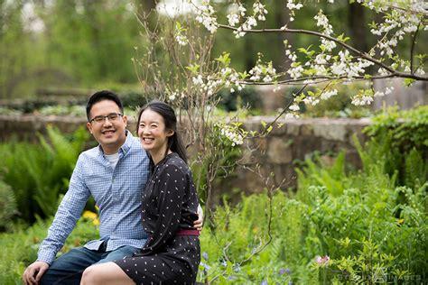 cross estate gardens engagement photos nj wedding
