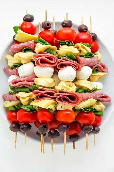 Holiday appetizers appetizer dips appetizer recipes bacon appetizers party appetizers party snacks snack recipes cold dip recipes easy. 75 Easy Christmas Appetizer Ideas - Best Holiday Appetizer ...
