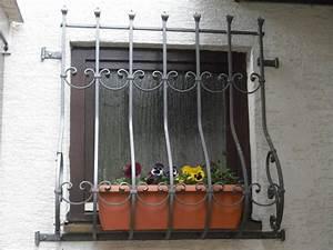 Gekippte Fenster Sichern : gitter f r fenster au en ma79 hitoiro ~ Michelbontemps.com Haus und Dekorationen