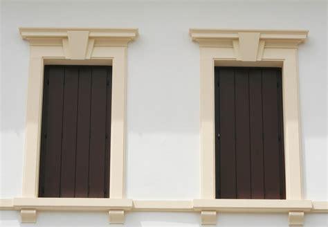 cornici decorative polistirolo cornici decorative in polistirolo eps per facciate