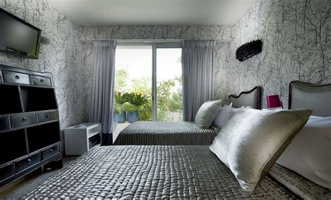 Tapeten Kombinieren Schlafzimmer by Nature On Your House With Tree Wallpaper For Walls Homesfeed