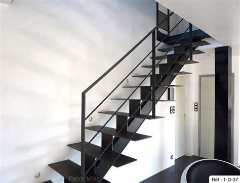 awesome escalier poutre centrale metal contemporary