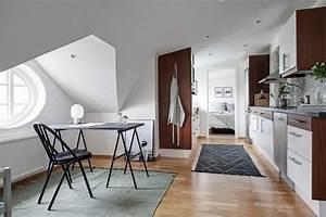 Appartement Sous Comble : la po sie d une fen tre ronde dans votre int rieur aventure d co ~ Dallasstarsshop.com Idées de Décoration