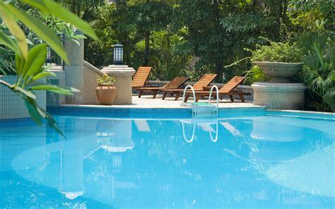 swimming pools pics swimming pool wallpaper 2560x1600 81612
