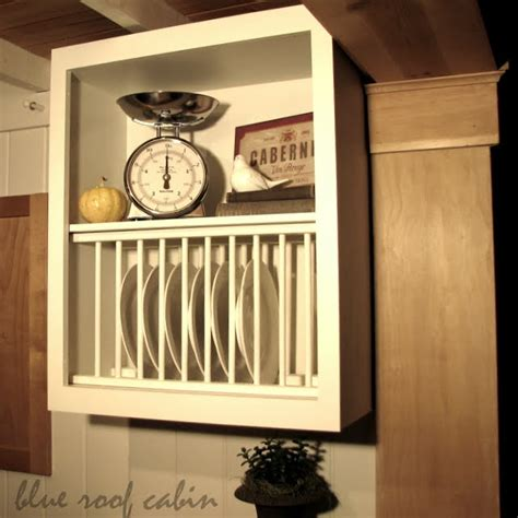 blue roof cabin cabinet plate rack