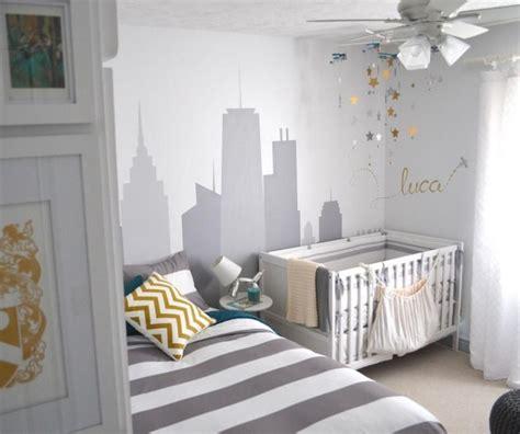 chambre city décoration chambre bébé en 30 idées créatives pour les murs