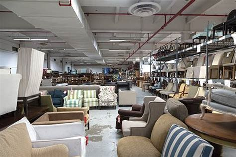 Safavieh Locations by Safavieh Safavieh S Warehouse Sale Is Going On Now This