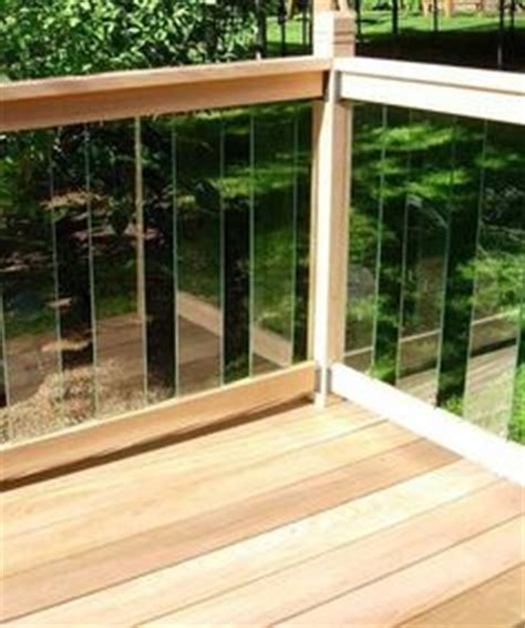 simple deck railing 4x4 posts 2x4 rails 2x2 balusters