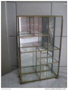Petite Vitrine En Verre : ancienne petite vitrine verre miroir et laiton ~ Dailycaller-alerts.com Idées de Décoration