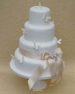 Perfect Easy Wedding Cake Decorating Idea Easy Wedding Cake Decorating Idea Qdhhpyx Simple Cake Decorating For A Birthday Cake Of Your Loved Ones