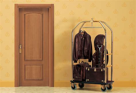 porte en bois cuisine image des portes bois image porte bois