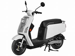 Scooter Electrique 2 Places : scooter lectrique komo kol blanc ~ Melissatoandfro.com Idées de Décoration