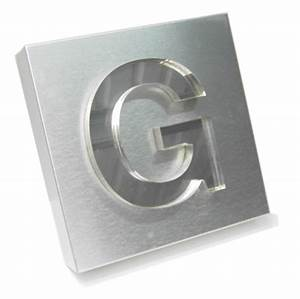 Plastic chrome lettering and logos from 6 to 30mm thick for Plastic chrome letters