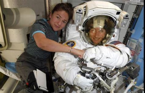 Two Women Conduct First Women Only Space Walk - Oyeyeah