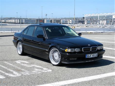 2000 Bmw 740i Review