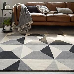 Tapis Salon Design : un tapis pour habiller votre salon leroy merlin ~ Melissatoandfro.com Idées de Décoration
