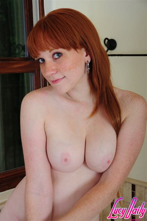 Naked Redhead With Big Boobs And Ass Getting Ready To Take