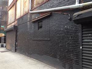 Urban Life ... This Blank Wall in NYC is Begging for ...