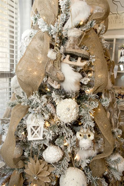 farmhouse christmas decor   neutral christmas tree