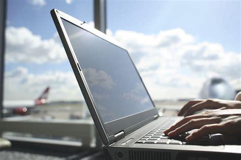 websites  offer cheap   minute flights