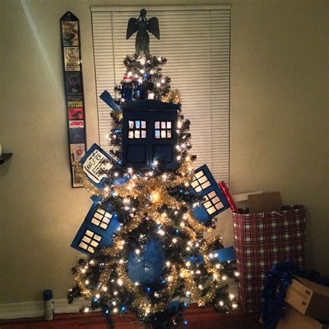exploding tardis christmas tree with weeping angel topper