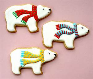 Learn How to Decorate Cookies for Christmas