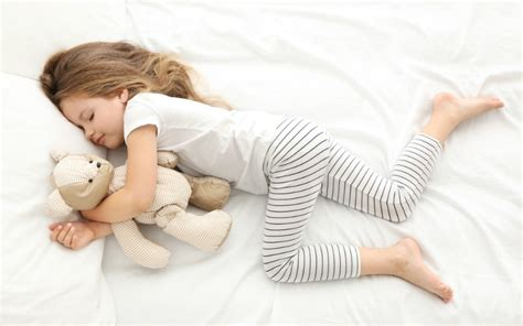 4 effective ways to help you beloved child sleep well and 257 | Child sleeping