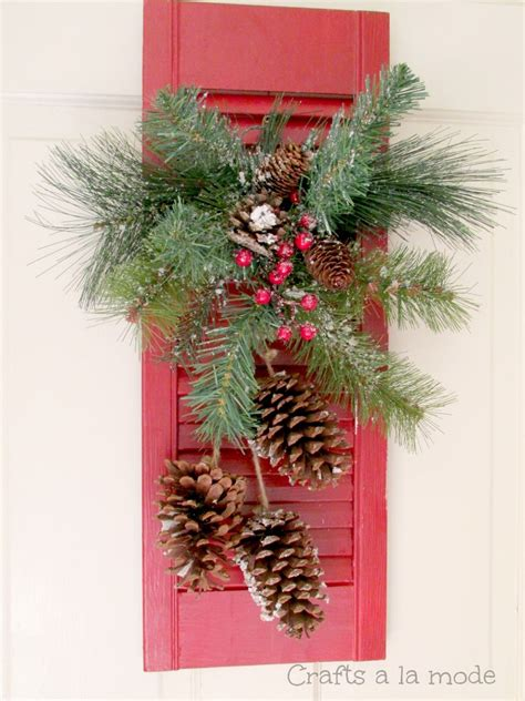 hometalk  shutter christmas door decoration