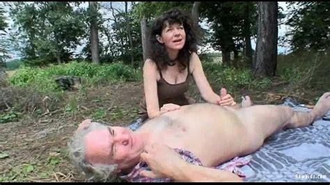 Outdoor Mature Couple Sex Xnxx