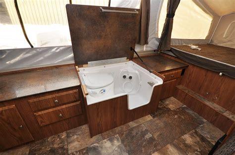 Rv Cassette Toilet Shower by Flagstaff Br23sc Cing Trailer Sales Denver