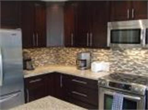in stock kitchen cabinets kitchen cabinets canada 4650