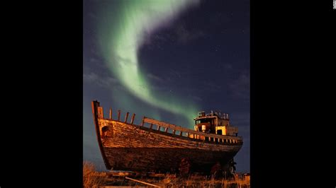 best time to see northern lights how to see the northern lights in iceland cnn com