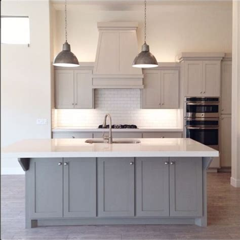 revere pewter kitchen cabinets benjamin revere pewter cabinets home 4838