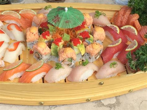 Sushi Boat Atlanta by Sushi Boat 1 Salmon Scallops Miami Vice Roll
